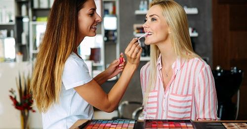 sa formation de maquillage dans Paris